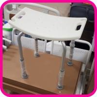 Стул для ванной комнаты Титан без спинки (складной)